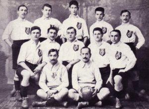 Teamfoto des DFC Prag aus dem Jahr 1904
