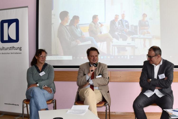 Foto: Christina Meinusch, Prof. Dr. Andreas Otto Weber Prof. Dr. Andreas Otto Weber und Matthias Lempart im Gespräch