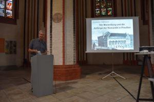 Prof. Dr. Christofer Herrmann